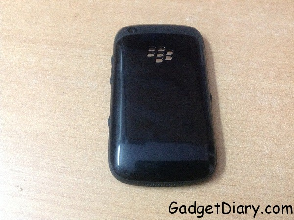 BlackBerry Curve 9220 backside