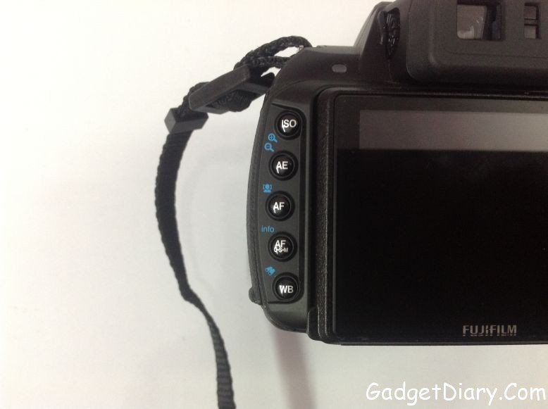 Fujifilm FinePix HS25EXR left controls