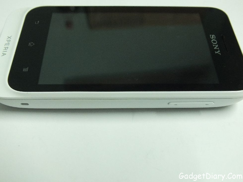 Sony Xperia Tipo right side