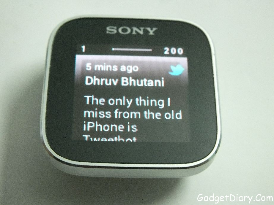 sony smartwatch twitter